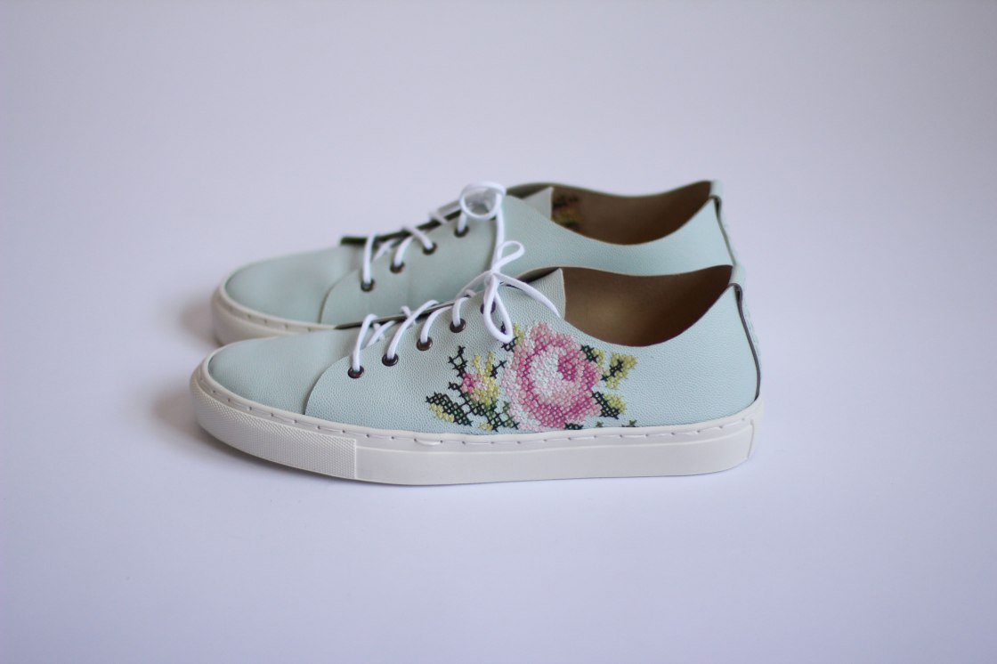Shoe1Web