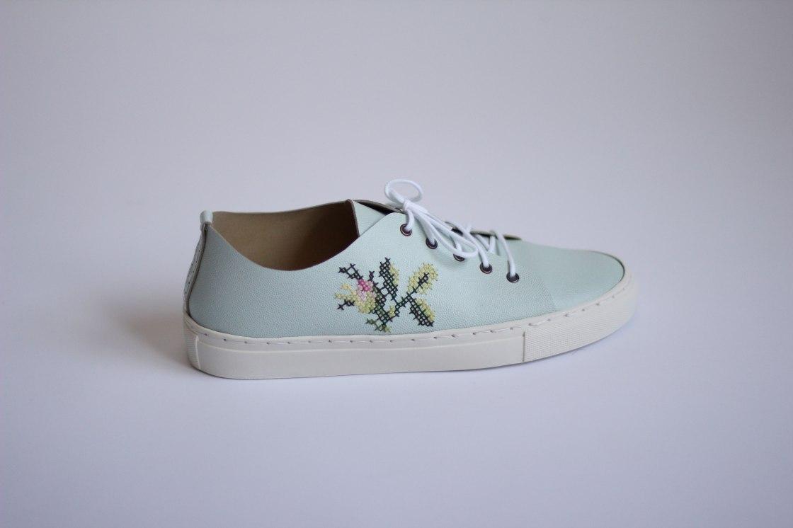 Shoe4Web